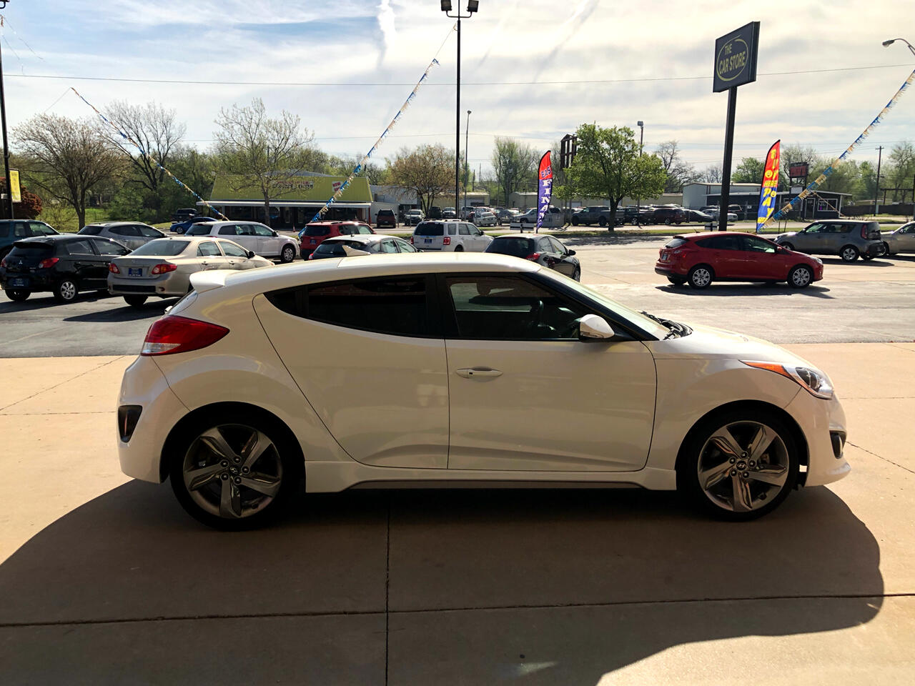 2013 Hyundai Veloster 3dr Cpe Man Turbo w/Blue Int