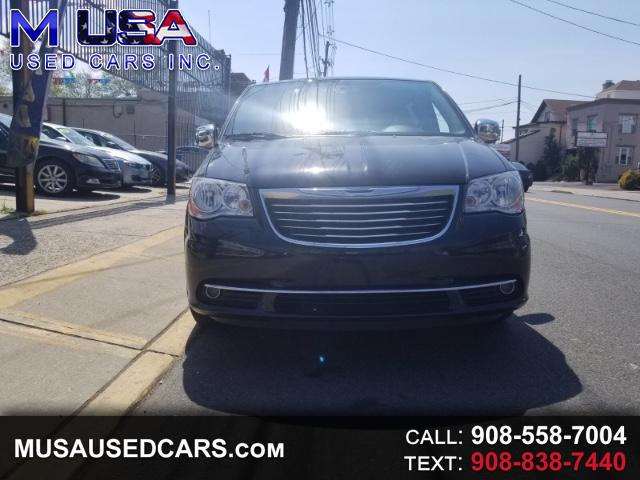 2013 Chrysler Town & Country Touring-L
