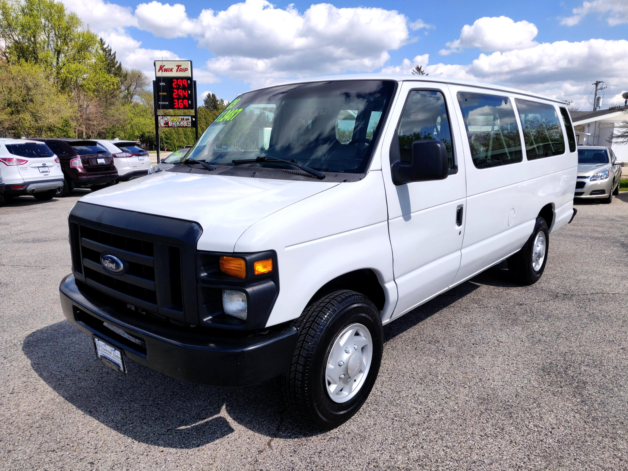 2009 Ford Econoline Wagon E-350 Super Duty Ext XL