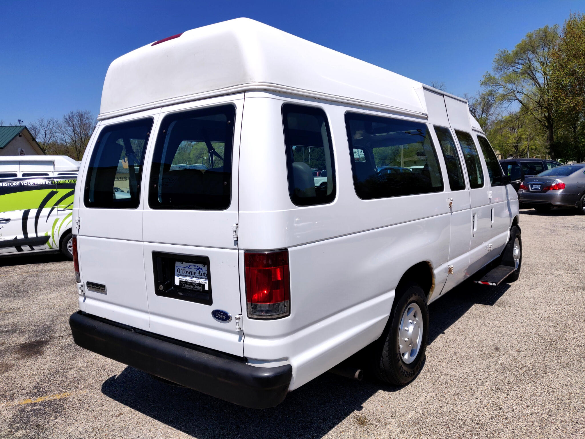 2007 Ford Econoline Cargo Van E-250 Ext Commercial