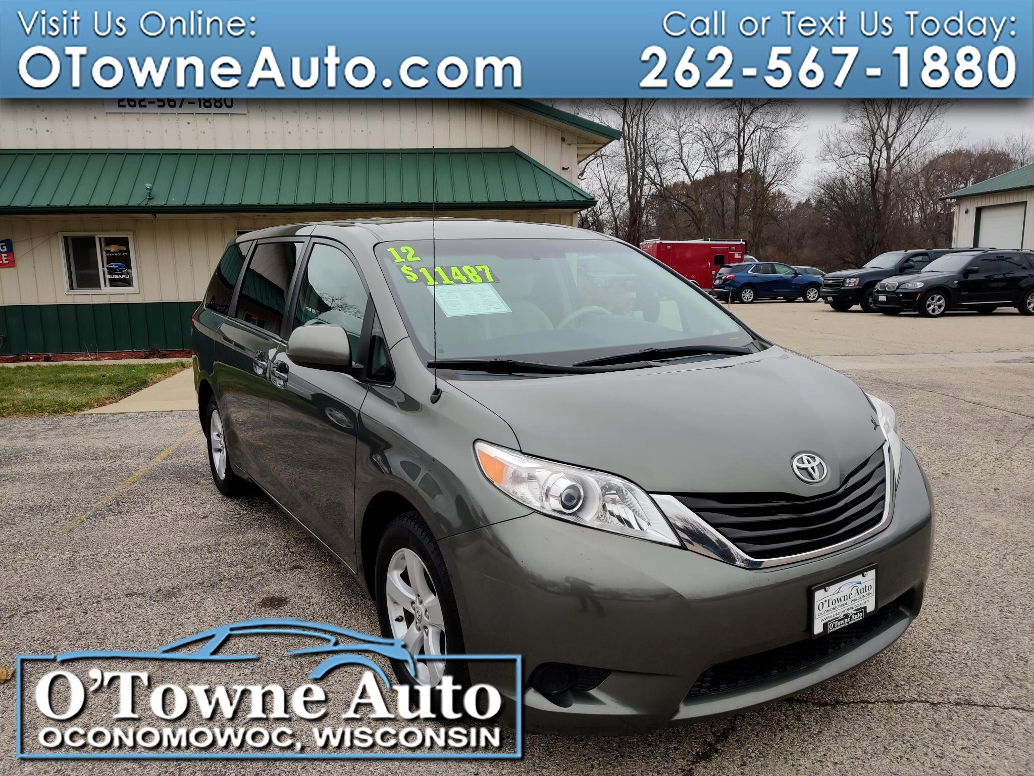 Toyota Sienna 5dr 8-Pass Van I4 LE FWD (Natl) 2012