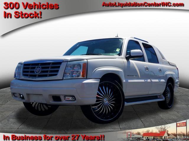 2005 Cadillac Escalade EXT Sport Utility Truck