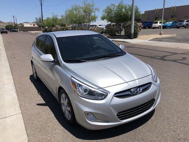 Hyundai Accent SE 5-Door 2014