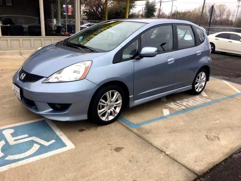 2011 Honda Fit Sport 5-Speed AT with Navigation