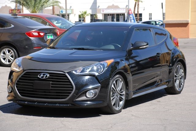 2016 Hyundai Veloster 3dr Cpe Auto Turbo w/Orange Accent