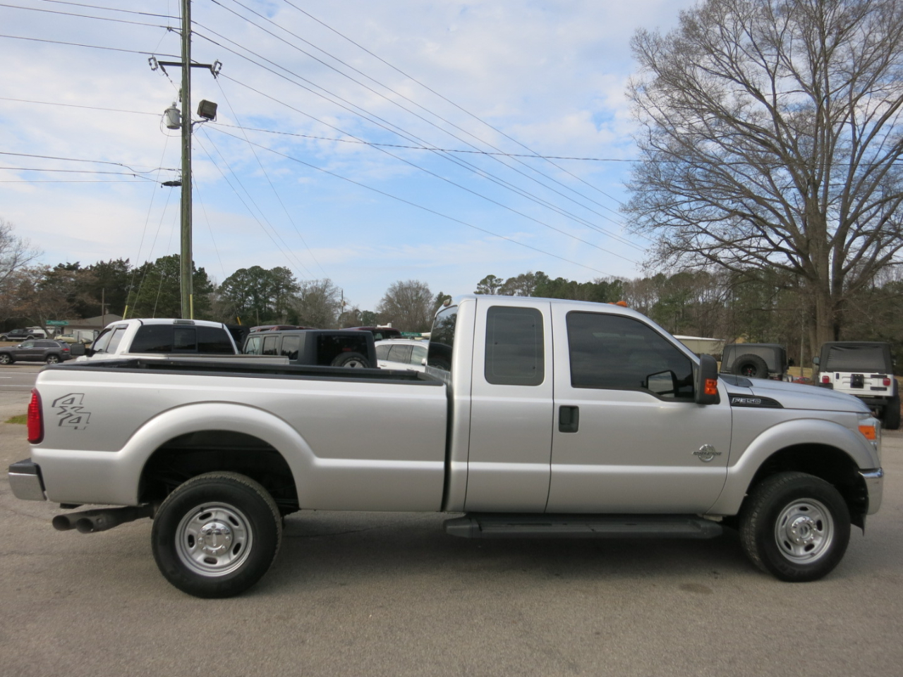 2011 Ford Super Duty F-350 SRW 4WD SuperCab 142