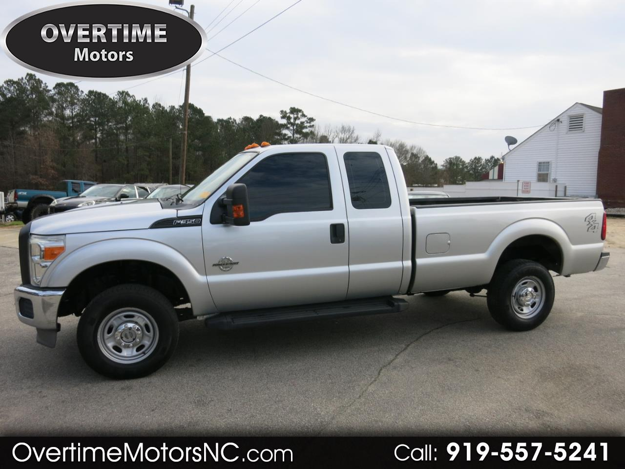 "2011 Ford Super Duty F-350 SRW 4WD SuperCab 142"" XL"