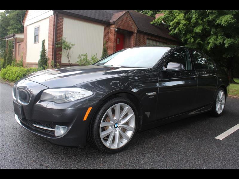 2011 BMW 5-Series XI