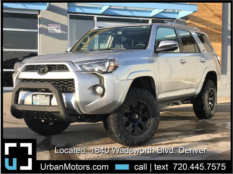 2016 Toyota 4Runner SR5 Premium w/ 3rd Row LIFTED