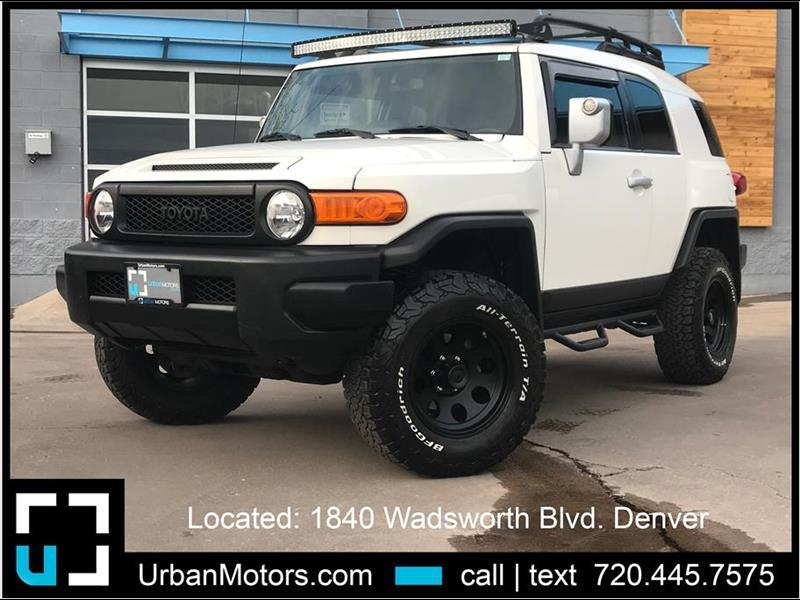 2014 Toyota FJ Cruiser Trail Teams w/ OME Lift