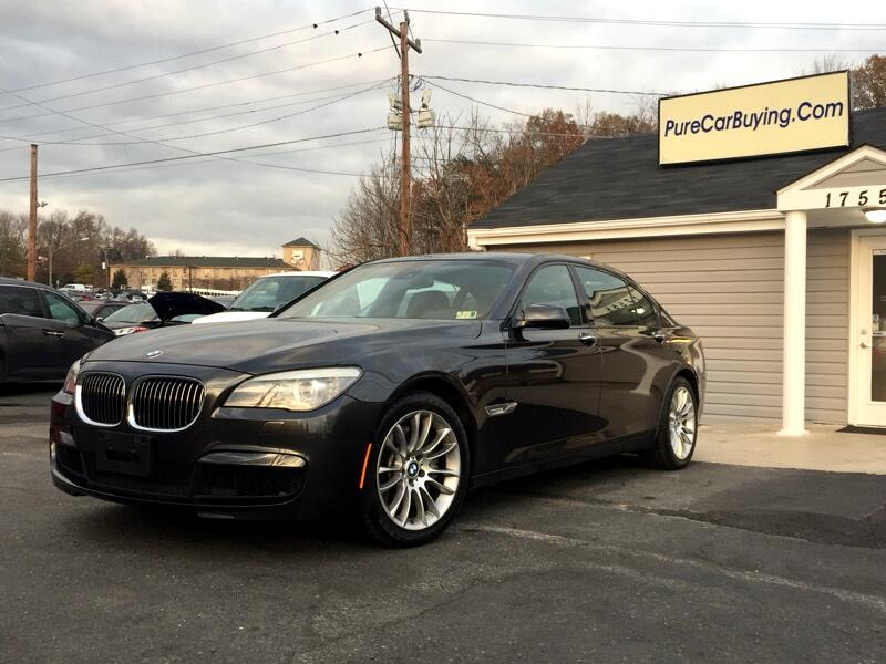 2012 BMW 7-Series 750Li xDrive **M-Package// Carfax Certified**