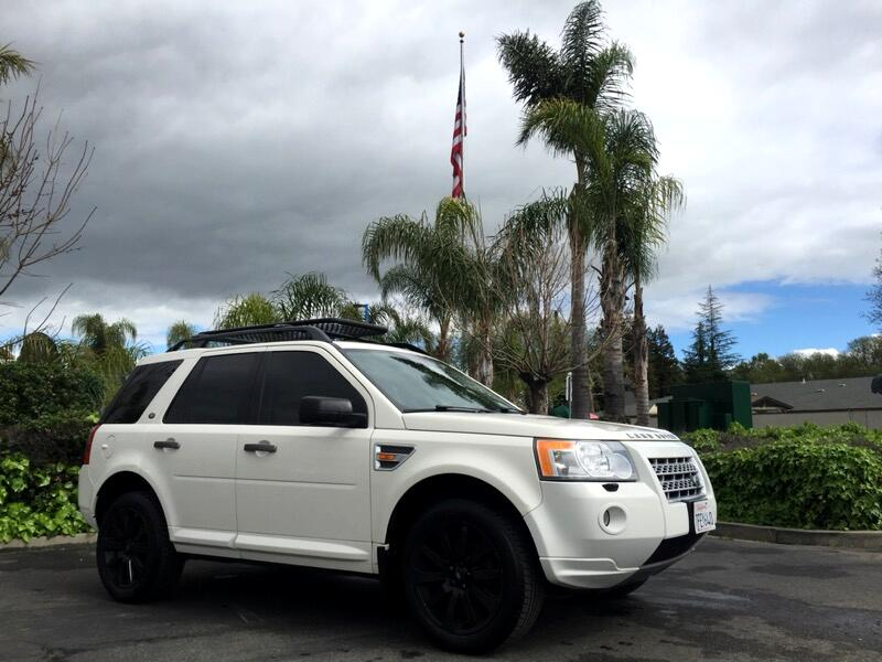 2008 Land Rover LR2 AWD 4dr HSE LUX