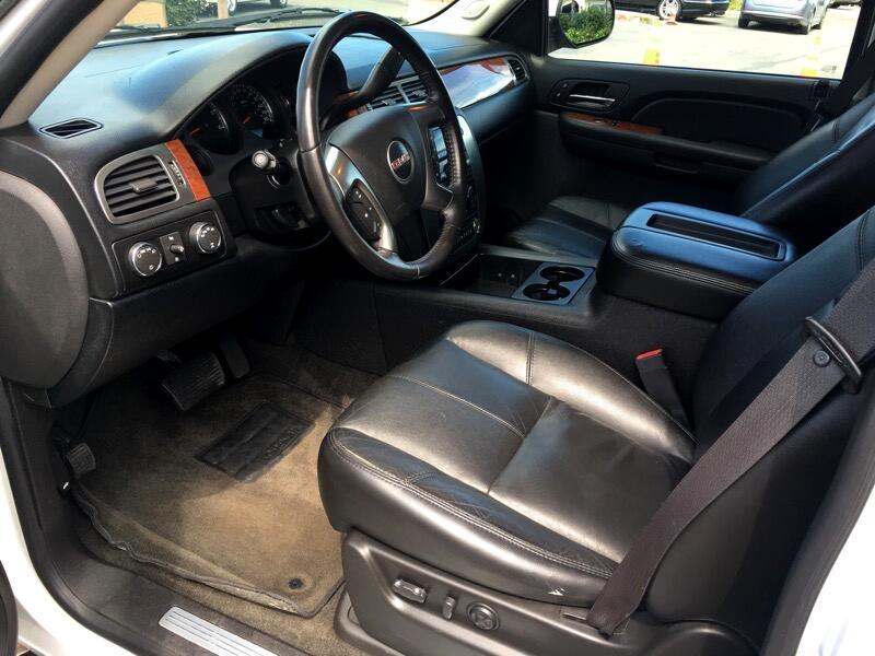2007 GMC Yukon 4dr 1500 4WD SLE