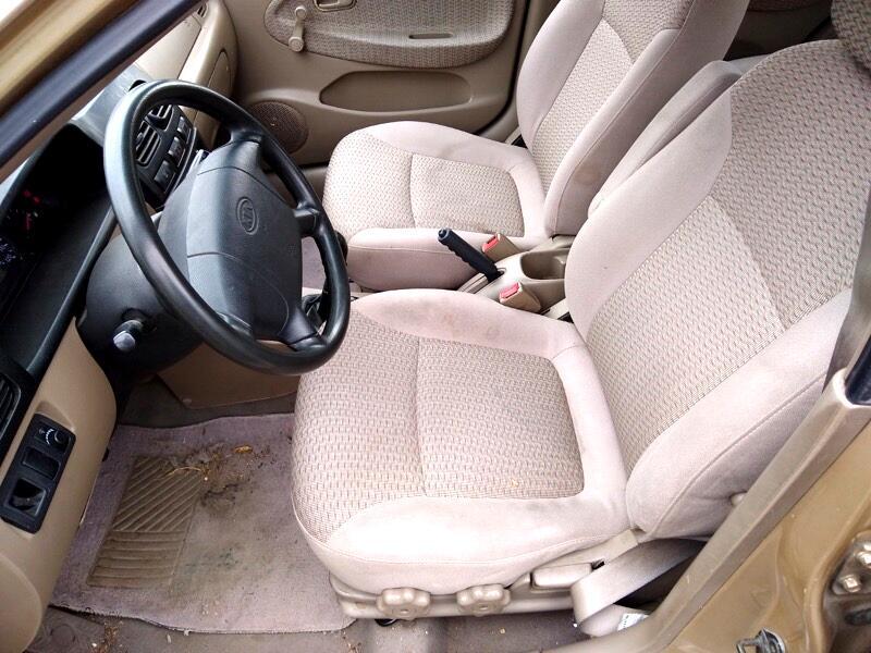 2002 Kia Rio Sedan
