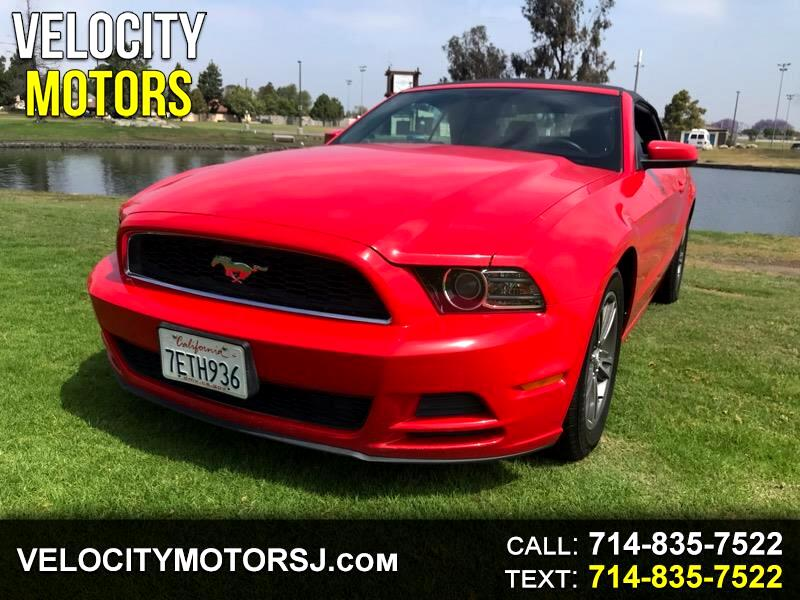 2013 Ford Mustang 2dr Convertible