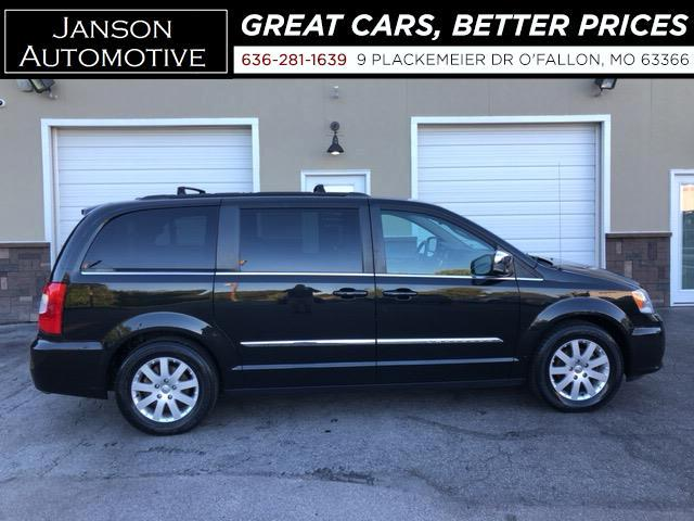 2011 Chrysler Town & Country TOURING L 3RD ROW LEATHER CAPT CHAIRS B/U CAMERA P
