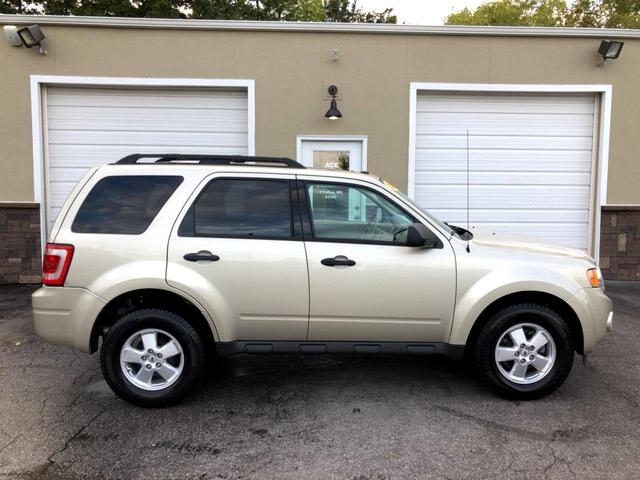 2012 Ford Escape XLT MOONROOF ALLOY WHEELS PWR SEAT NICE CLEAN SUV!