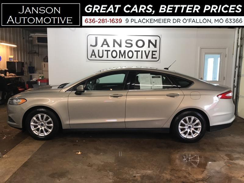 2016 Ford Fusion S FORD SYNC/BLUETOOTH B/U CAMERA ALLOY WHEELS 38MP
