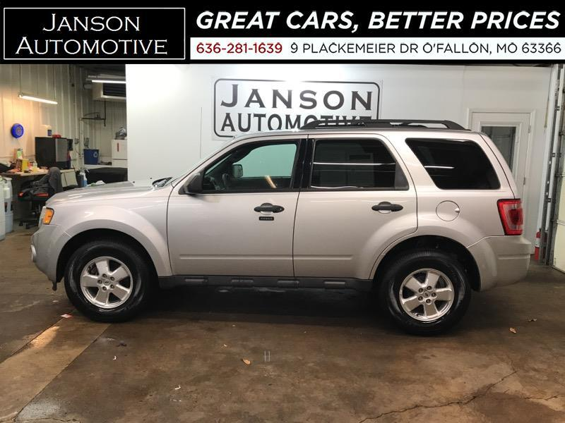 2012 Ford Escape XLT V6 MOONROOF 58K MILES!!! ALLOYS PWR SEAT MUST