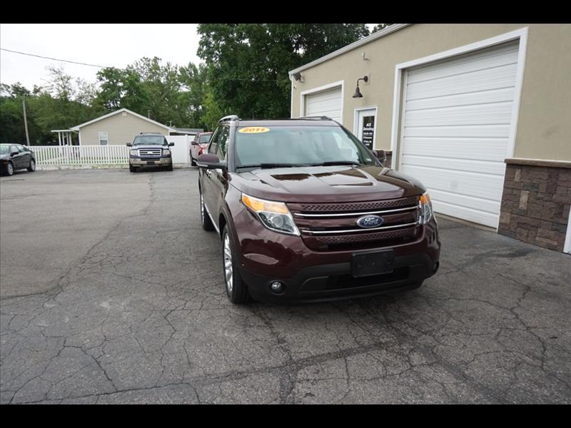 2011 Ford Explorer Limited, 4WD, 3rd Row, One Owner, TV/DVD, Leather,