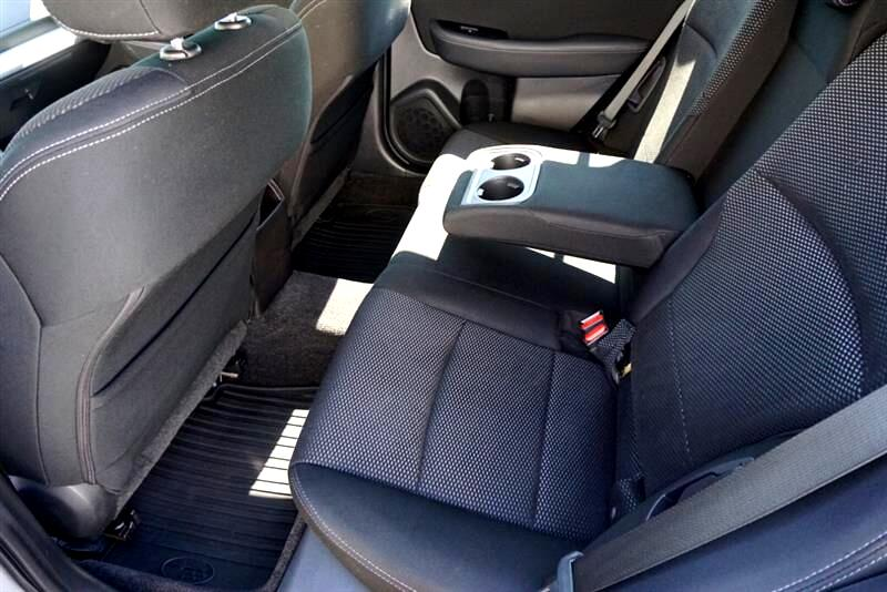 2015 Subaru Outback 2.5L Premium, AWD, 32 MPG, Low Miles, IIHS Top Saf
