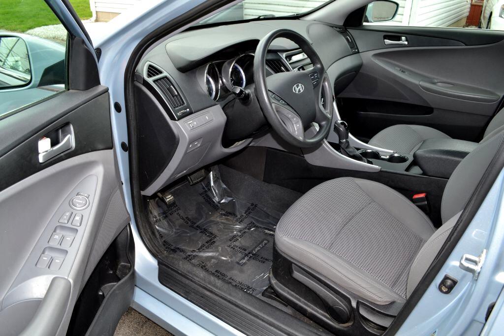 2011 Hyundai Sonata 4dr Sdn 2.4L Auto GLS