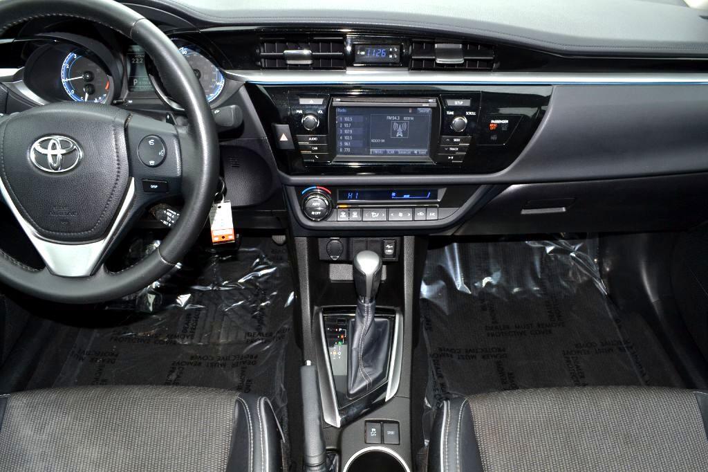 2015 Toyota Corolla 4dr Sdn Auto S (Natl)
