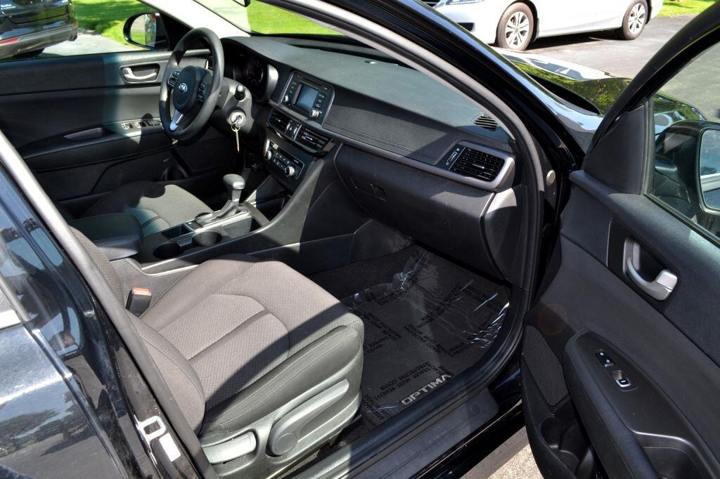 2017 Kia Optima LX Auto