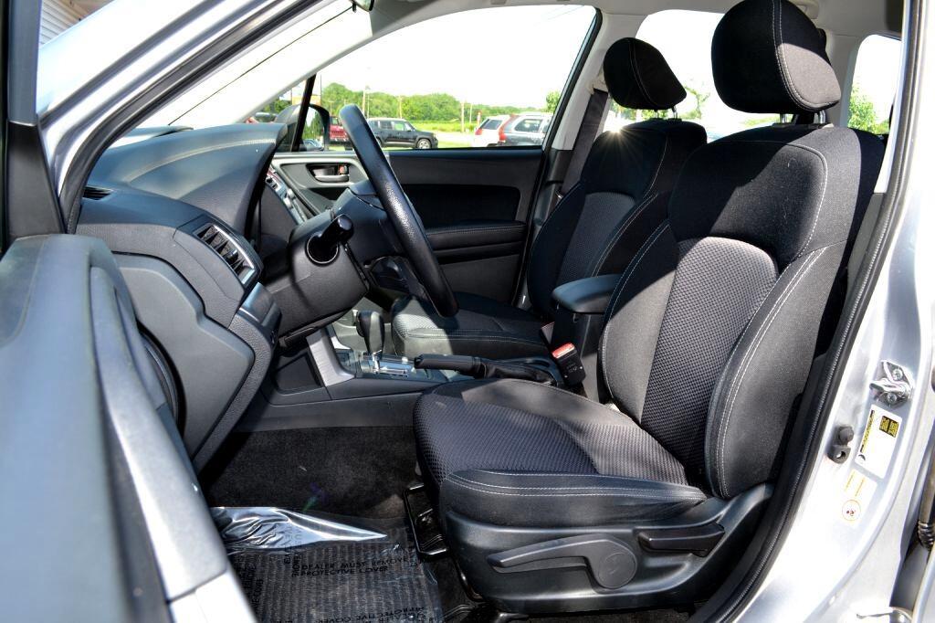 2016 Subaru Forester 4dr CVT 2.5i PZEV