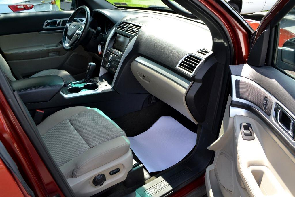 2014 Ford Explorer 4WD 4dr XLT