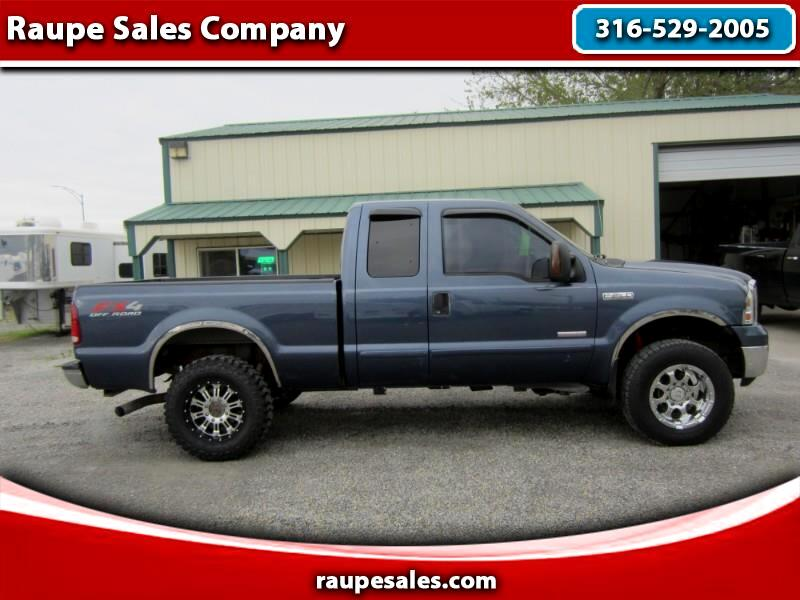 Ford F-250 SD XLT SuperCab Short Bed 4WD 2005