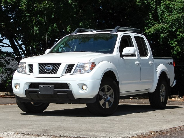 2012 Nissan Frontier PRO-4X Crew Cab 4WD w/Leather