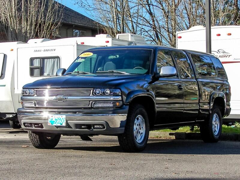 2000 Chevrolet Silverado 1500 LS 4WD 5.3L V-8 Gorgeous w/Matching Canopy