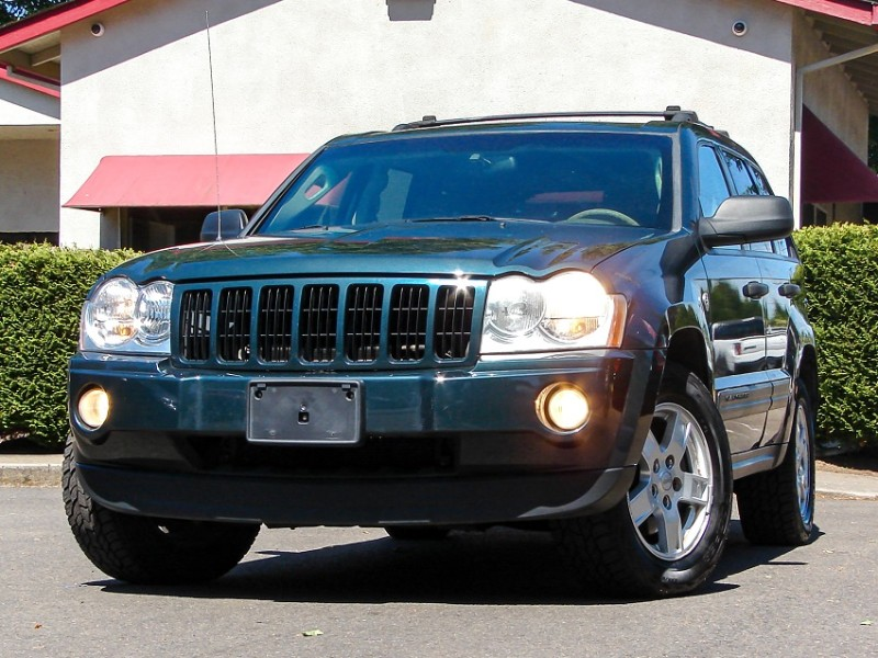 2005 Jeep Grand Cherokee 4WD Lthr/Moon Roof Avg Miles Maintained w/Warranty