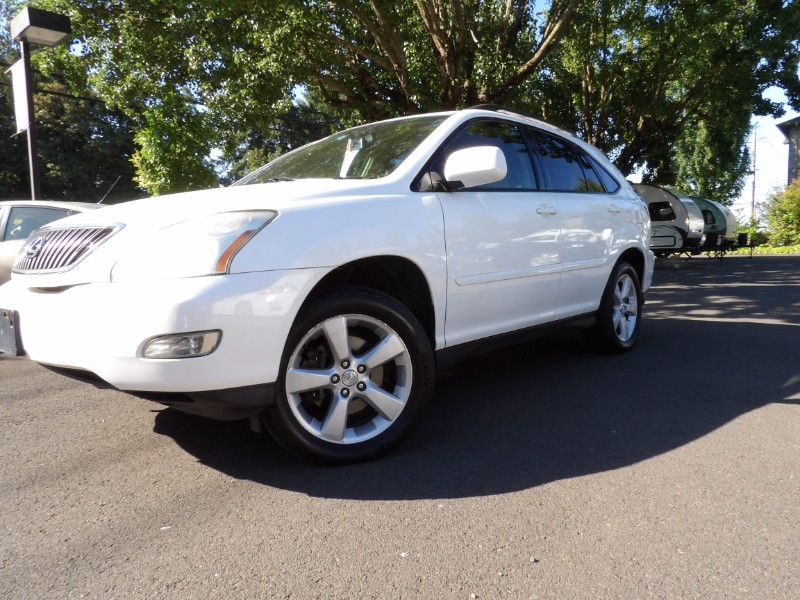 2006 Lexus RX 330 Very clean with warranty.