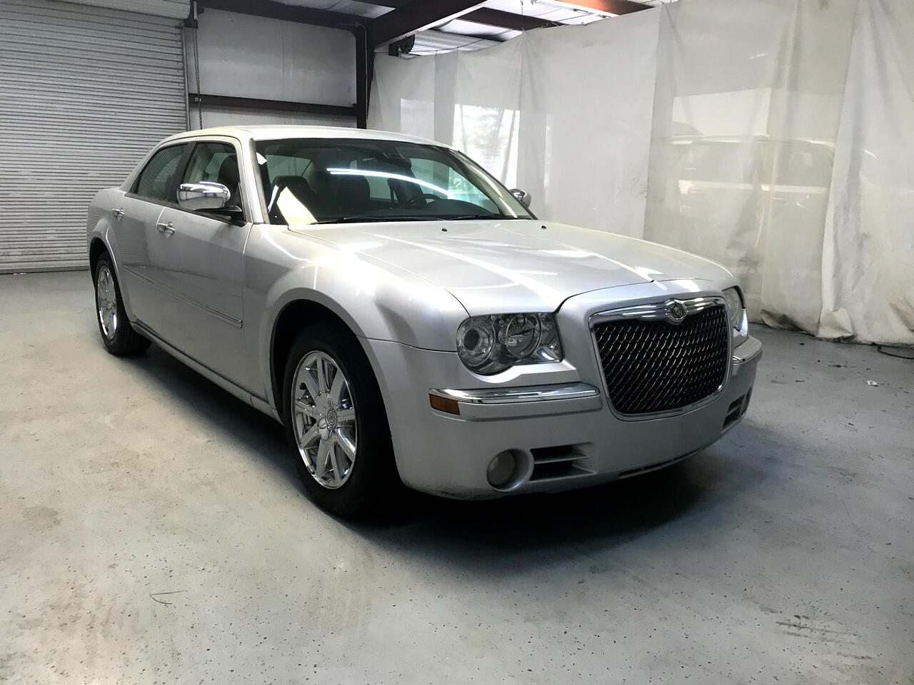 Chrysler 300 4dr Sdn Limited RWD 2010