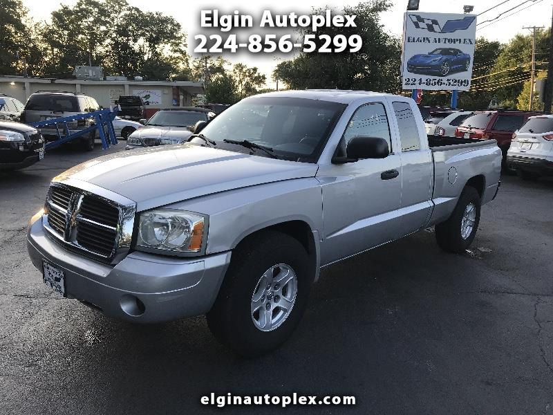 Dodge Dakota SLT Club Cab 4WD 2005