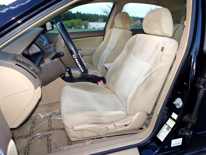 2005 Honda Accord LX sedan AT