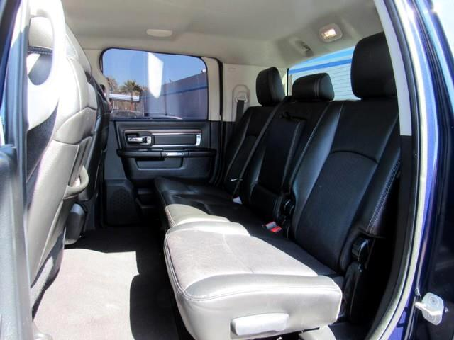 2014 RAM 3500 Laramie Mega Cab 4WD DRW