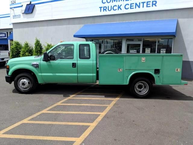 2009 Ford F-350 SD XL SuperCab Long Bed DRW 2WD