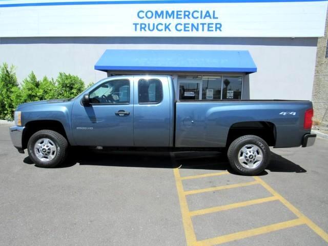 2011 Chevrolet Silverado 2500HD Work Truck Ext. Cab 4WD