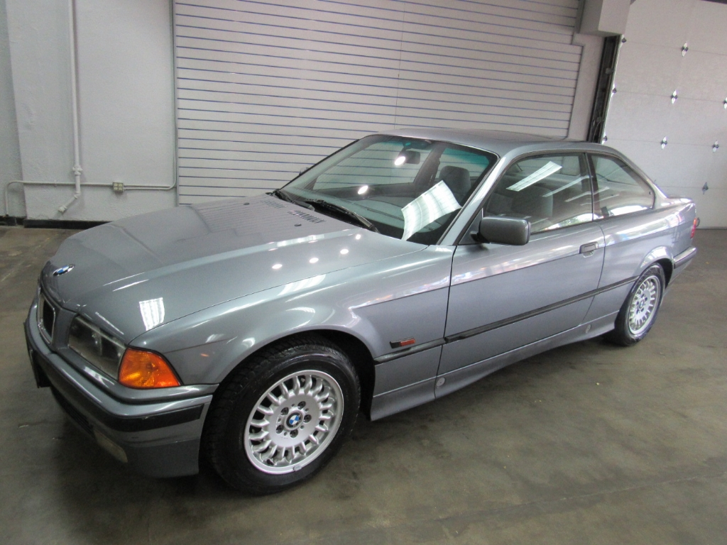 1994 BMW 3-Series 318is