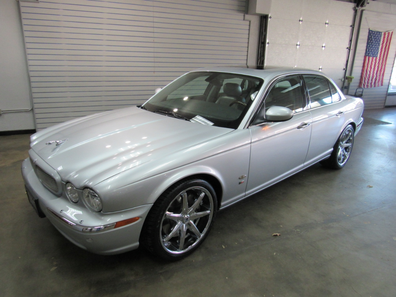 2006 Jaguar XJ-Series XJR