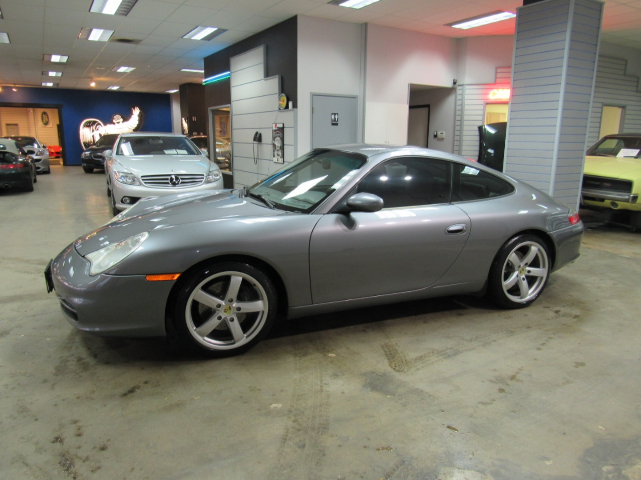 2002 Porsche 911 Carrera Coupe