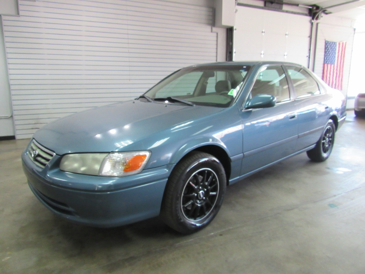 Toyota Camry XLE 2001