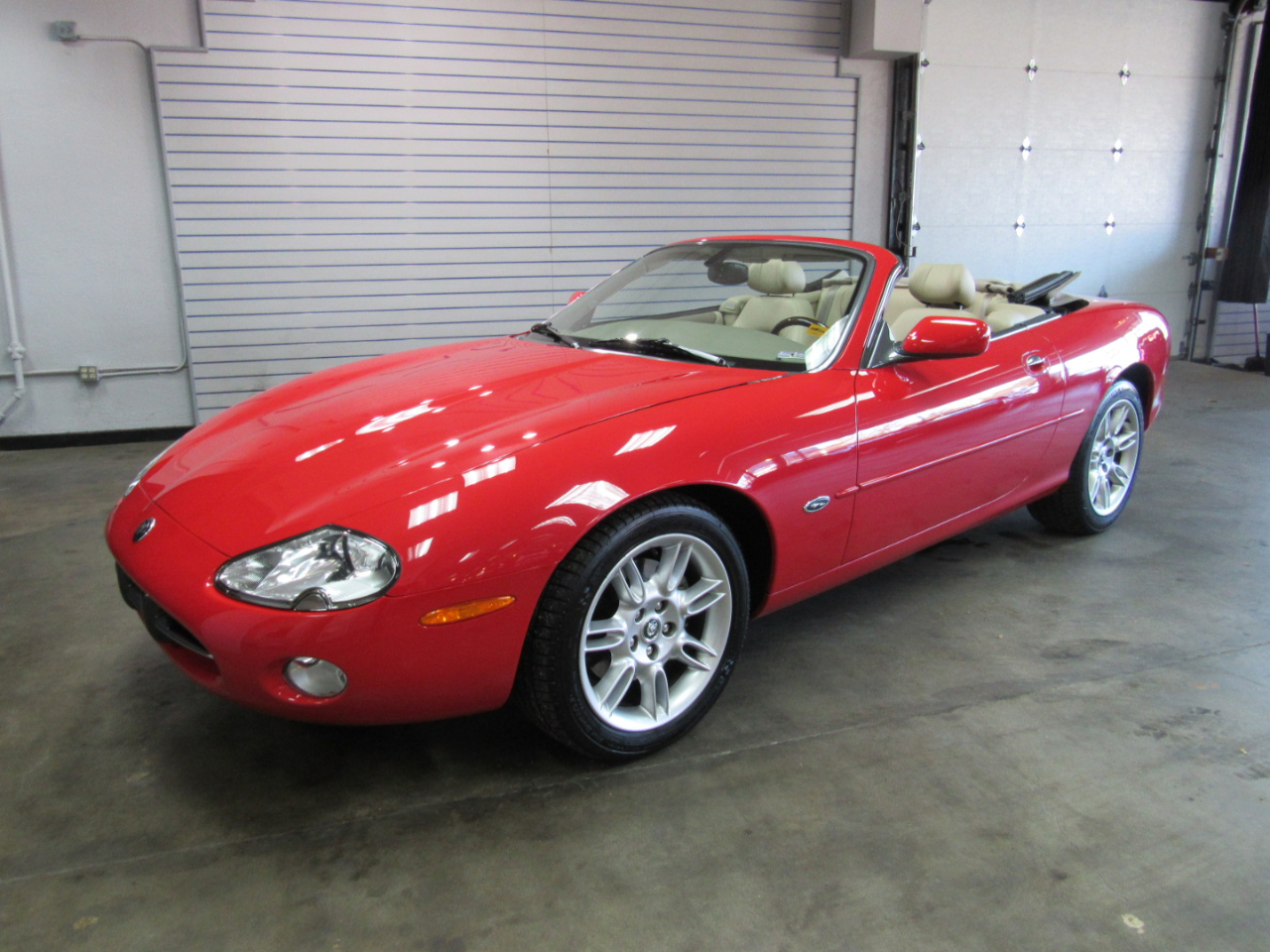Jaguar XK-Series XK8 Convertible 2002