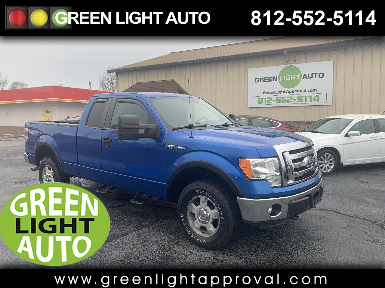 Ford F-150 XL SuperCab 8-ft. Bed 4WD 2011