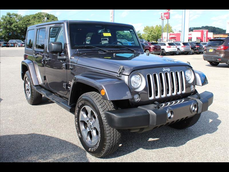 2017 Jeep Wrangler Unlimited Unlimited Sahara 4WD
