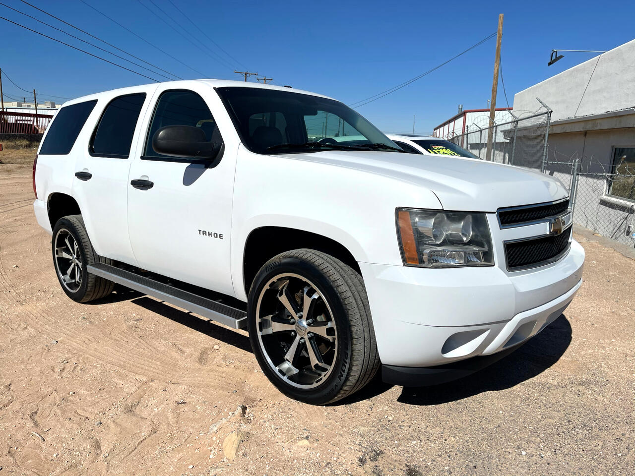 Chevrolet Tahoe 4WD 4dr Commercial 2014