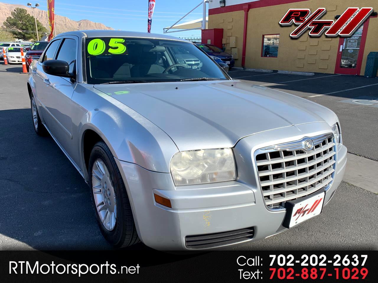 Chrysler 300 Base 2005